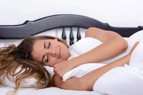 Вчені довели, що освітлення в будинку впливає на якість сну