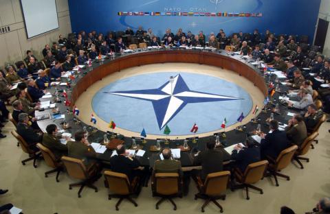 НАТО не готове розгортати військові дії задля повернення Криму, - нардеп