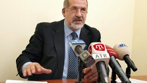 Адвокат передав до суду згоду депутата ВРУ Чубарова приїхати до Криму