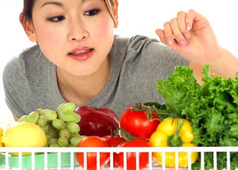 Вчені розповіли, які шкідливі звички шкодять дієтам