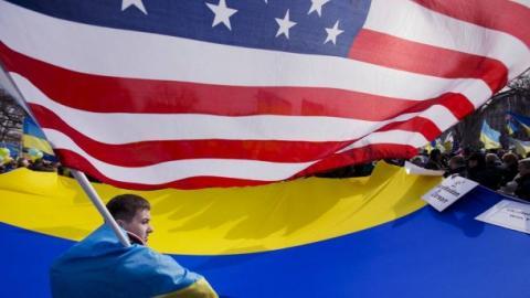 Сенатор розповів, чи зменшать США допомогу Україні