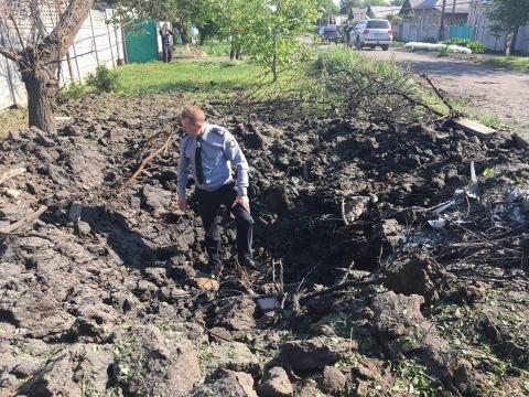 """Терористи розстріляли з """"Градів"""" школу на Донбасі"""