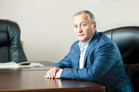 """""""Дорогоцінна покупка"""": депутат оплатив власну недоторканість"""