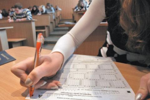 ЗНО: школярі пройшли тестування з іноземних мов