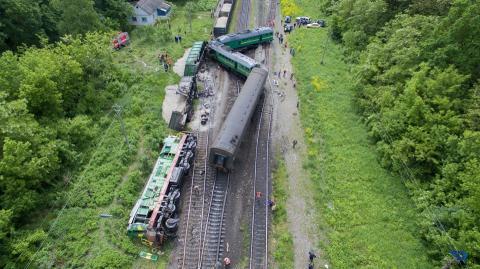 В мережі з'явилися фото з трагічного зіткнення потягів на Хмельниччині (ФОТО)