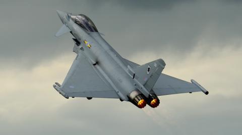 Британія перехопила російські військові літаки