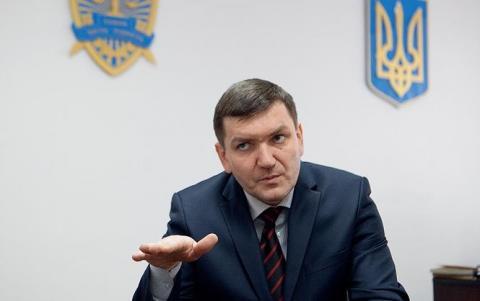 """Військова прокуратура звинуватила Горбатюка у """"зливі"""" матеріалів у справі Майдану"""