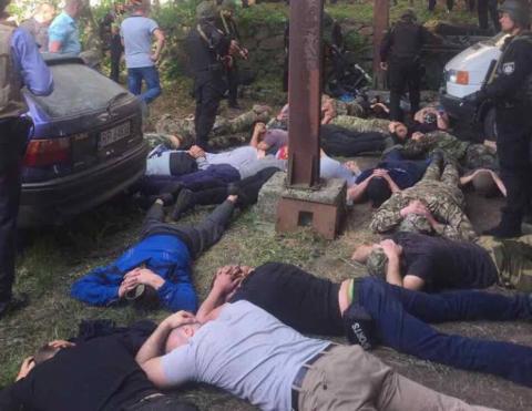 Затримано 40 осіб, які відкрили стрілянину в Вінницькій області