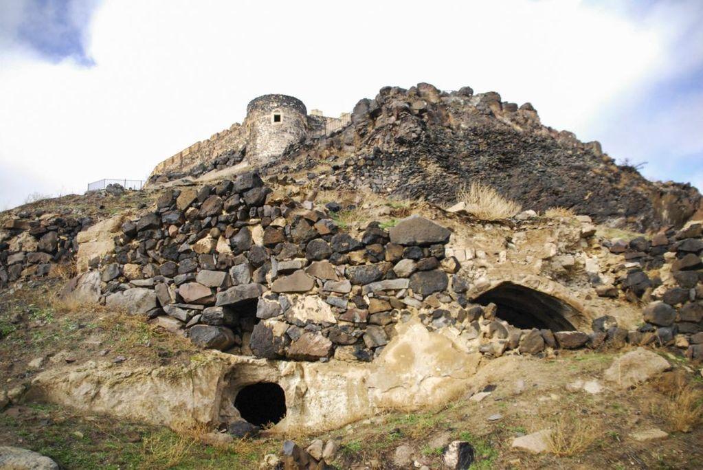 Підземне «місто хоббітів» уТуреччині