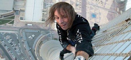 Французький «чоловік-павук» підкорив 117-метровий будинок без страховки (ВІДЕО)