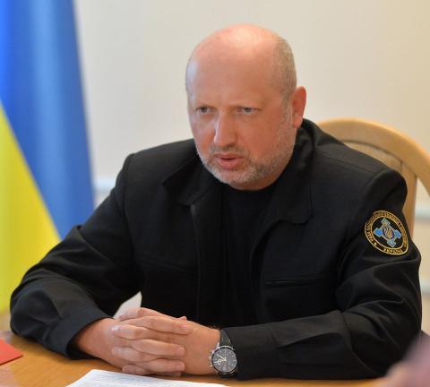 Турчинов анонсував введення візового режиму з РФ