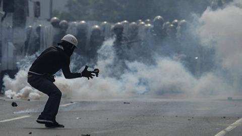 Венесуельська опозиція заявила про 15 тисяч поранених в ході протестів