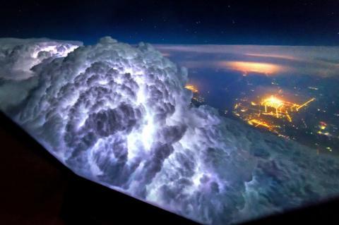 Що бачить пілот «Боїнга» (ФОТО)