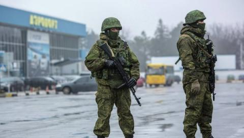 Експерти розповіли, скільки російських військових перебувають у Криму