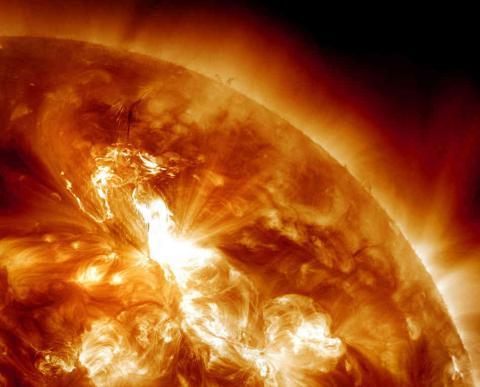 Вчені виявили, що Земля віддаляється від Сонця