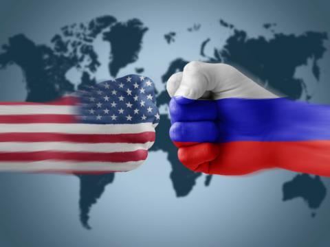 Український аналітик розповів, яким чином США «зруйнують» РФ