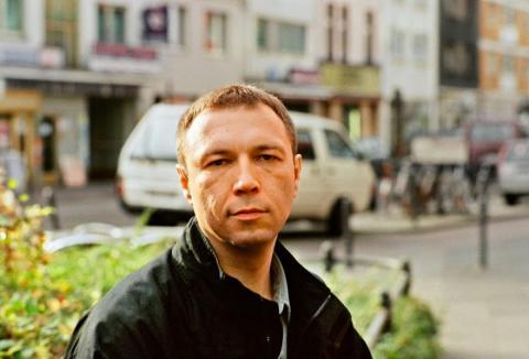 Відомий російський письменник відмовився від нагороди через війну на Донбасі