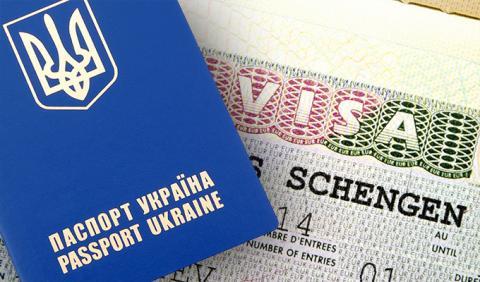 Українці вже користуються перевагами безвізового режиму