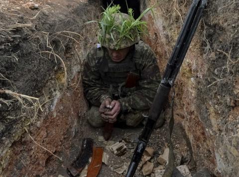 Ситуація на Донбасі погіршується: українська армія знову зазнала втрат