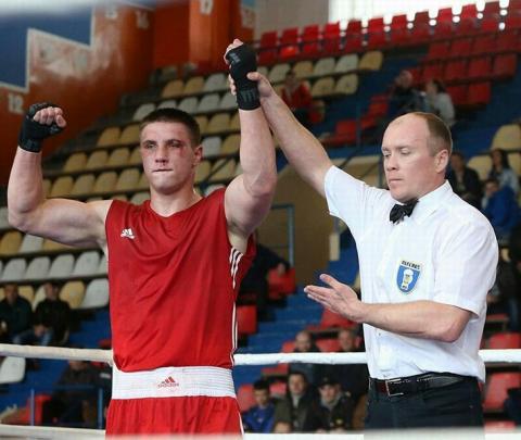 Український боксер Сіренко здобув другу перемогу в Південній Африці