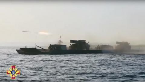 """Збройні сили провели історичні стрільби з """"Градів"""" (ВІДЕО)"""