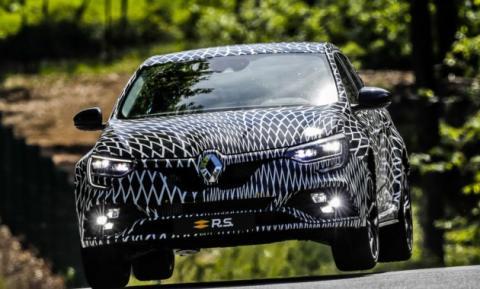 Renault готується до продажу нового Megane R.S. (ФОТО)