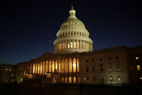 Санкції проти Росії: Порошенко пояснив, чому не можуть домовитися Сенат і Конгрес