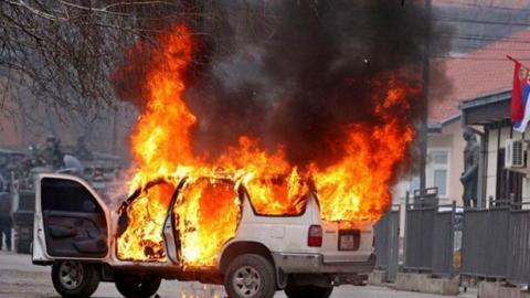 В Луганську підірвали авто з російським майором