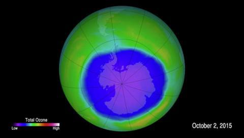 Вчені: відновлення озонового шару над Антарктикою різко сповільнилося