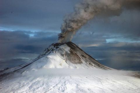 Геологи знайшли спосіб передбачати виверження вулканів