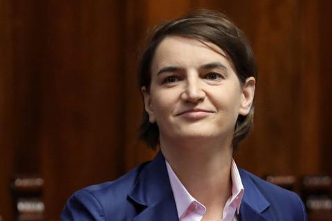 Жінка з нетрадиційною орієнтацією стала прем'єр-міністром Сербії