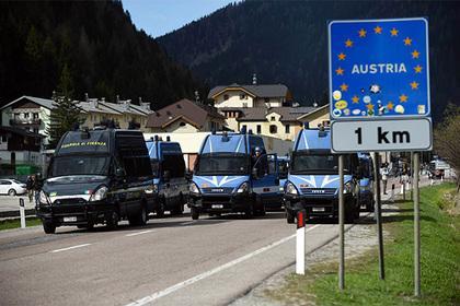 Австрія розмістить 750 військових на кордоні з Італією