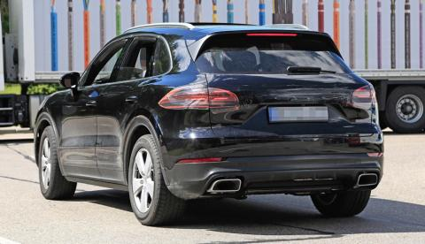 Porsche розсекретив новий кросовер Cayenne (ФОТО)