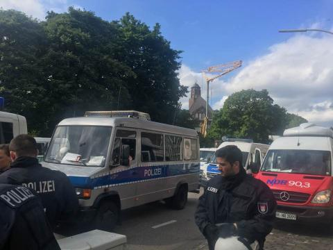 Протести у Гамбурзі: затримали депутата Європарламенту (ФОТО)