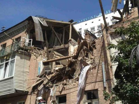 Нові деталі: у столиці України вибухнув будинок, є загиблі (ВІДЕО)