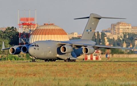 В Україну прилетіли два військові літаки НАТО (ФОТО)