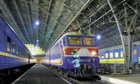 Поїзд Київ-Запоріжжя курсуватиме щодня до кінця літа — «Укрзалізниця»