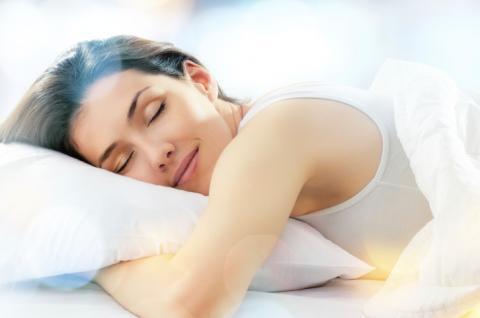Вчені розповіли, що занадто короткий сон може призвести до смерті