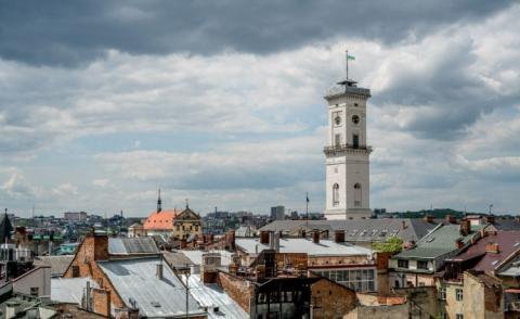 Американський режисер назвав 12 причин провести відпустку в Україні (ФОТО)