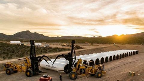 Hyperloop One вперше успішно випробувала прототип нового транспорту