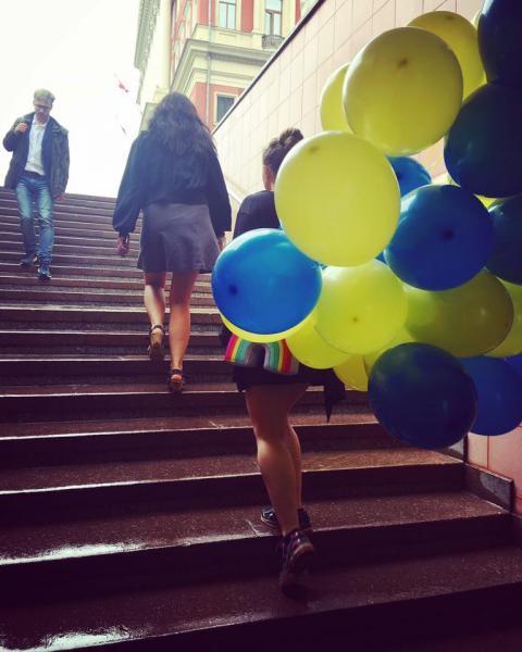 Pussy Riot привітали Сенцова з днем народження (ФОТО)