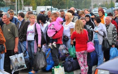 Неймовірна кількість українців виїхала з окупованих територій