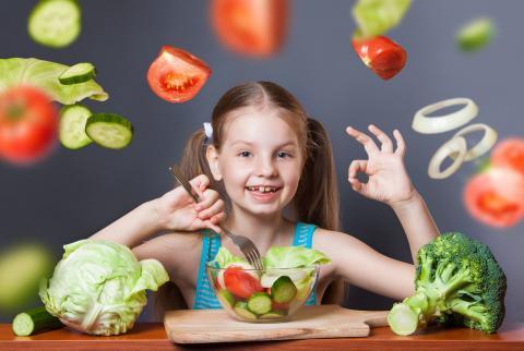 Американські вчені розповіли, як змусити дітей їсти овочі