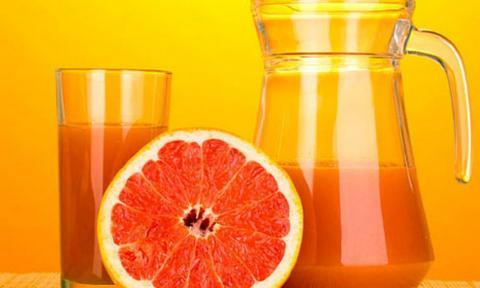 Дослідники розповіли, як сік грейпфрута впливає на організм людини