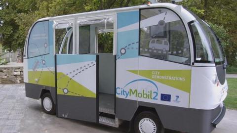 В столиці Естонії вперше протестують автобуси-безпілотники