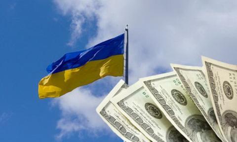 Статистика: з яких країн українці переказують найбільше грошей