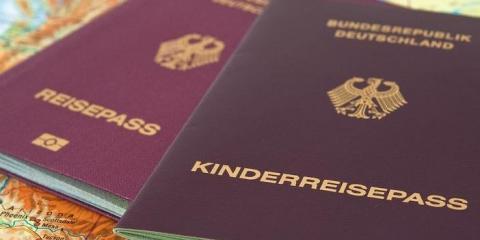 Європа: які паспорти допоможуть відвідати безліч країн