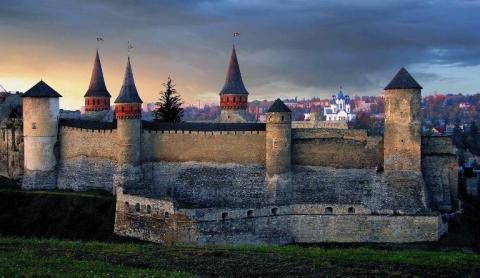 Сімейна подорож в казку: замки України, які варто відвідати з дітьми (ФОТО)