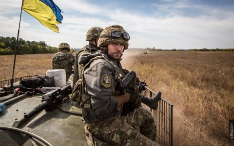 Ситуація в зоні АТО загострюється: двоє військових загинуло