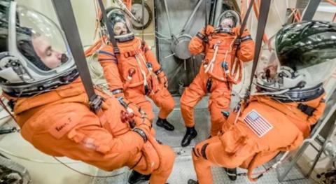 NASA випробувало новий скафандр для робіт у відкритому космосі